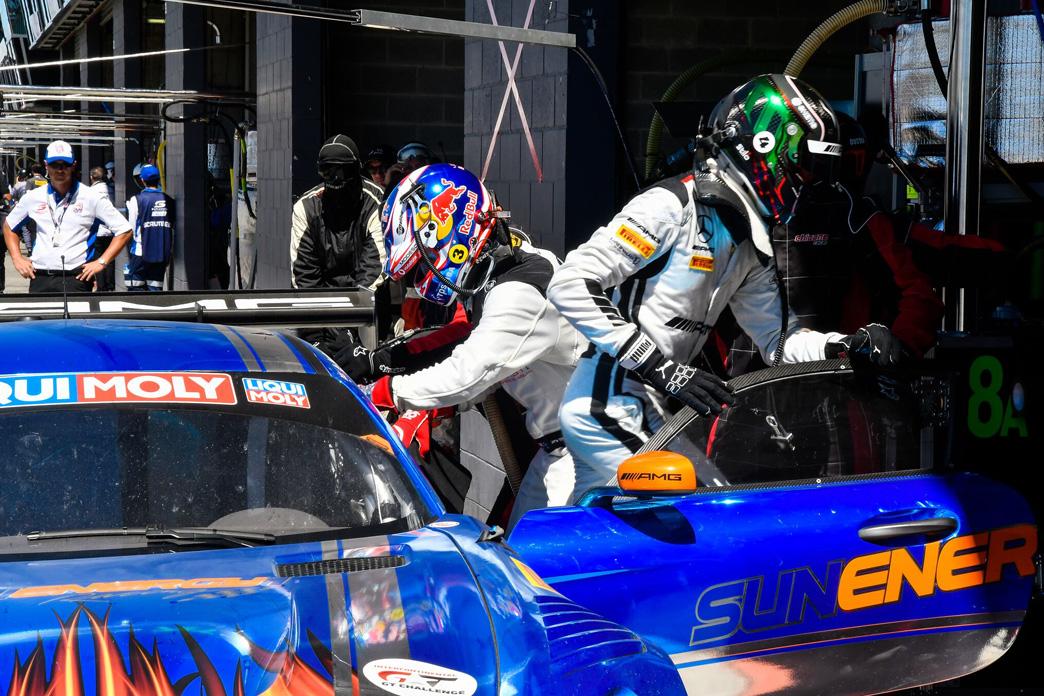 Australien Bathurst 12h Racing Fahrer Kenny Habul